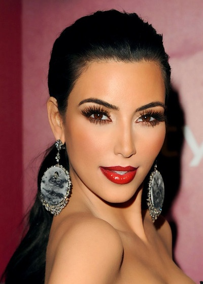 Holiday Look Kim Kardashian